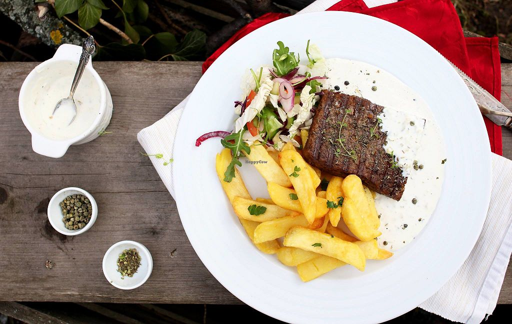"""Photo of Die Küche  by <a href=""""/members/profile/DieK%C3%BCche"""">DieKüche</a> <br/>Seitan steak <br/> April 19, 2018  - <a href='/contact/abuse/image/87171/388125'>Report</a>"""