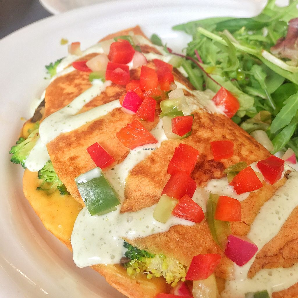 """Photo of Retreat Kitchen  by <a href=""""/members/profile/guillehdezp"""">guillehdezp</a> <br/>Chickpea omelette <br/> October 24, 2017  - <a href='/contact/abuse/image/87349/318207'>Report</a>"""