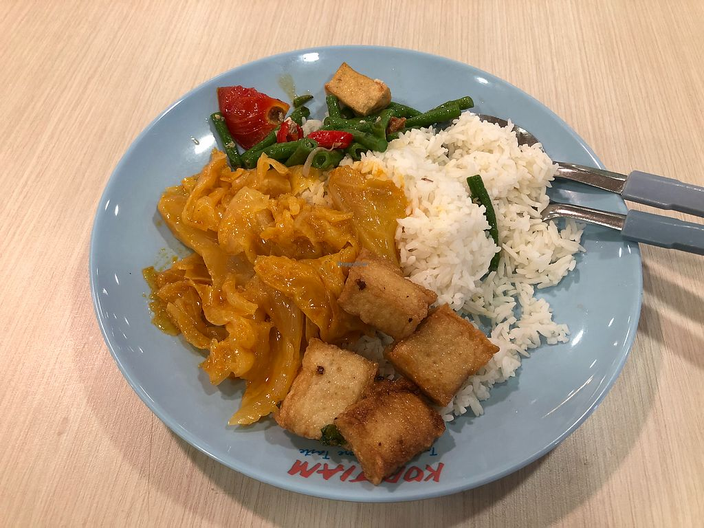"""Photo of NorthPoint Shopping Centre Vegetarian Food Stall  by <a href=""""/members/profile/CherylQuincy"""">CherylQuincy</a> <br/>$3+ <br/> March 28, 2018  - <a href='/contact/abuse/image/87355/377051'>Report</a>"""