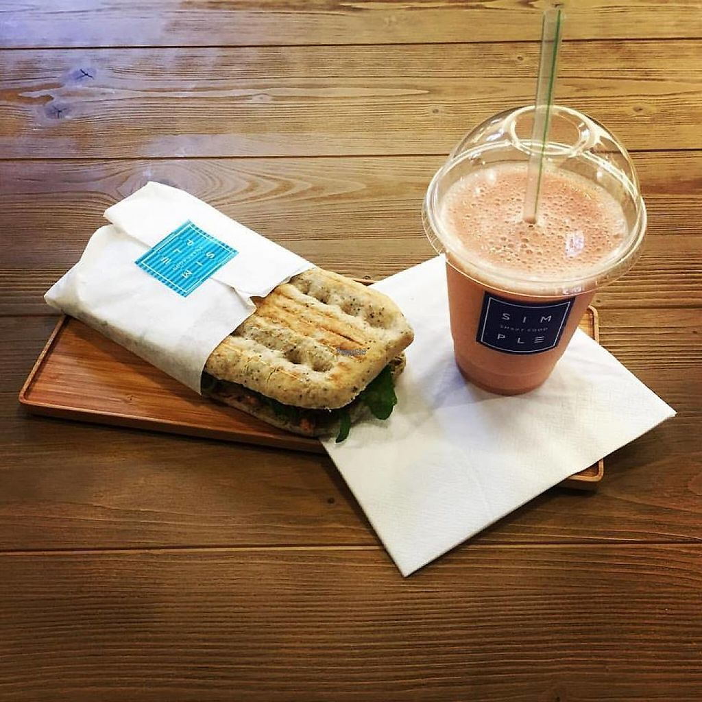 """Photo of Simple - Smart Food Bar  by <a href=""""/members/profile/MMaree"""">MMaree</a> <br/>Sandwich and juice (Photo: Simple's Facebook-page)  <br/> February 18, 2017  - <a href='/contact/abuse/image/87378/228004'>Report</a>"""