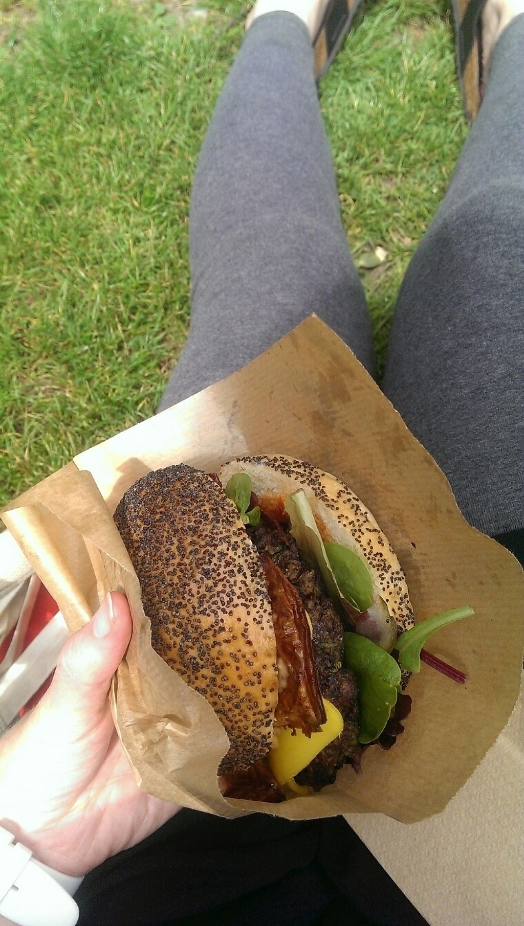 """Photo of Big V - Broadway Market Food Stand  by <a href=""""/members/profile/Clelml"""">Clelml</a> <br/>facon cheeseburger <br/> May 27, 2017  - <a href='/contact/abuse/image/87408/263010'>Report</a>"""