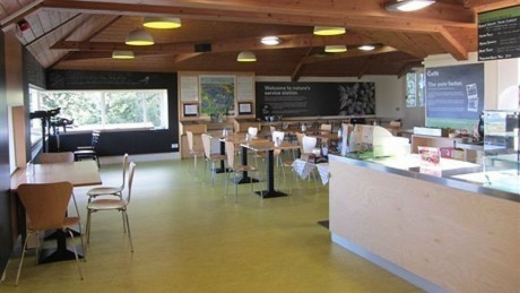 """Photo of RSPB Loch Leven Cafe  by <a href=""""/members/profile/community"""">community</a> <br/>RSPB Loch Leven Cafe <br/> February 20, 2017  - <a href='/contact/abuse/image/87475/228505'>Report</a>"""