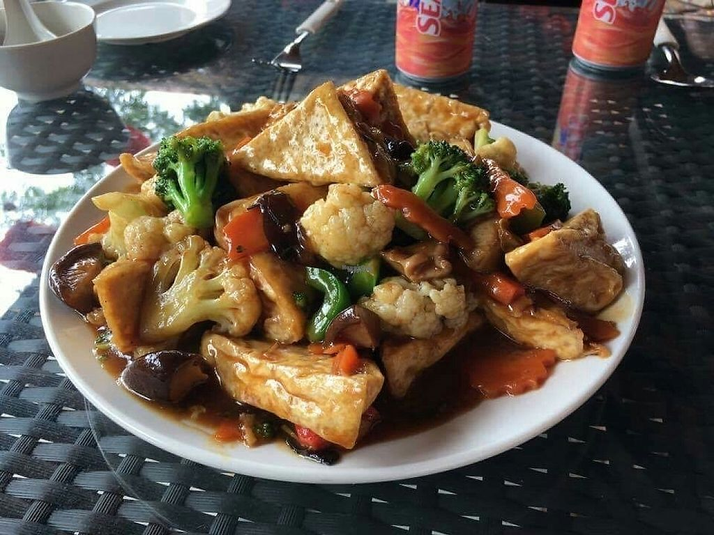 "Photo of Soon Long Sin Restaurant  by <a href=""/members/profile/JimmySeah"">JimmySeah</a> <br/>bean curd with cauliflower and broccoli  <br/> March 5, 2017  - <a href='/contact/abuse/image/87521/233000'>Report</a>"
