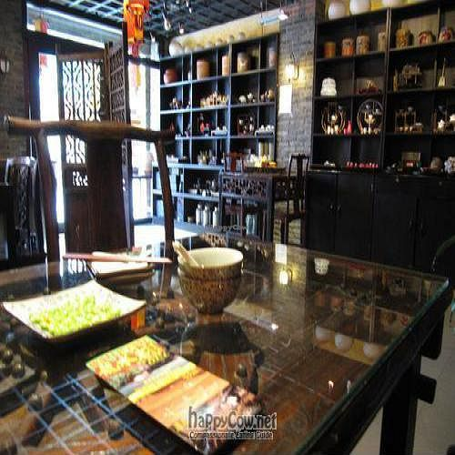 """Photo of Cafe China  by <a href=""""/members/profile/Ashni"""">Ashni</a> <br/>Decor with complementary edamame <br/> August 10, 2010  - <a href='/contact/abuse/image/8760/5483'>Report</a>"""