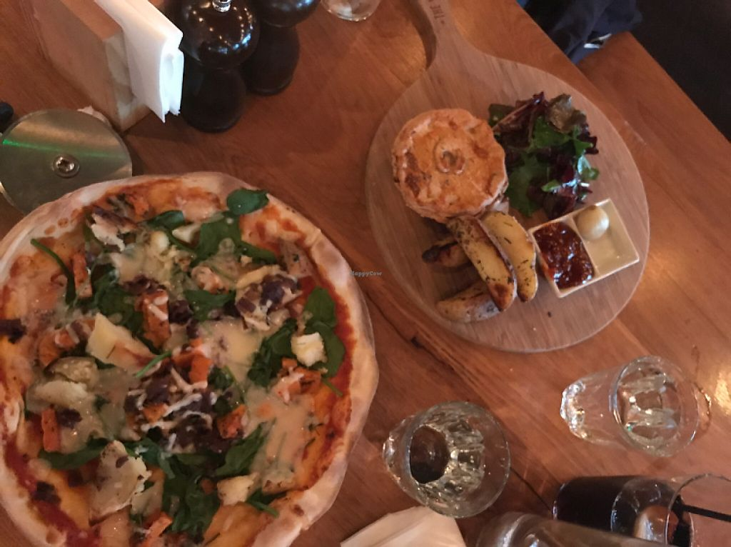 """Photo of The Stable  by <a href=""""/members/profile/AndieMason"""">AndieMason</a> <br/>vegan pizza!  <br/> May 3, 2017  - <a href='/contact/abuse/image/87614/255128'>Report</a>"""