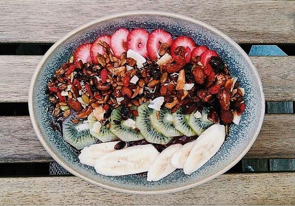 "Photo of Dish & Spoon Cafe  by <a href=""/members/profile/Eya"">Eya</a> <br/>Photo of Acai bowl taken by Elianne <br/> February 25, 2017  - <a href='/contact/abuse/image/87704/230170'>Report</a>"