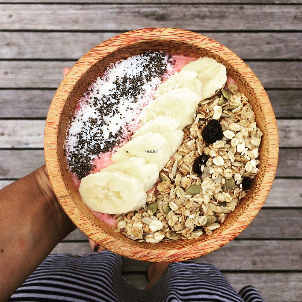 """Photo of Good Earth Cafe  by <a href=""""/members/profile/GoodEarthCafeGiliAir"""">GoodEarthCafeGiliAir</a> <br/>Berry Banana Enlightenment Smoothie Bowl <br/> February 25, 2017  - <a href='/contact/abuse/image/87723/230177'>Report</a>"""