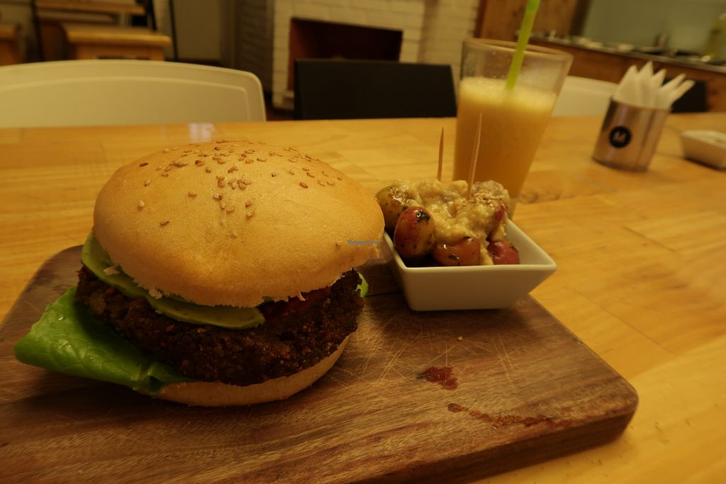 "Photo of Menta Restobar - Calle Espana  by <a href=""/members/profile/ajito"">ajito</a> <br/>Burger and juice! <br/> April 23, 2018  - <a href='/contact/abuse/image/87748/390165'>Report</a>"
