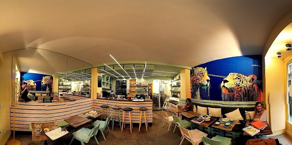 """Photo of Wynwood  by <a href=""""/members/profile/LaureMaumus"""">LaureMaumus</a> <br/>Panoramic  <br/> March 7, 2017  - <a href='/contact/abuse/image/87760/233813'>Report</a>"""