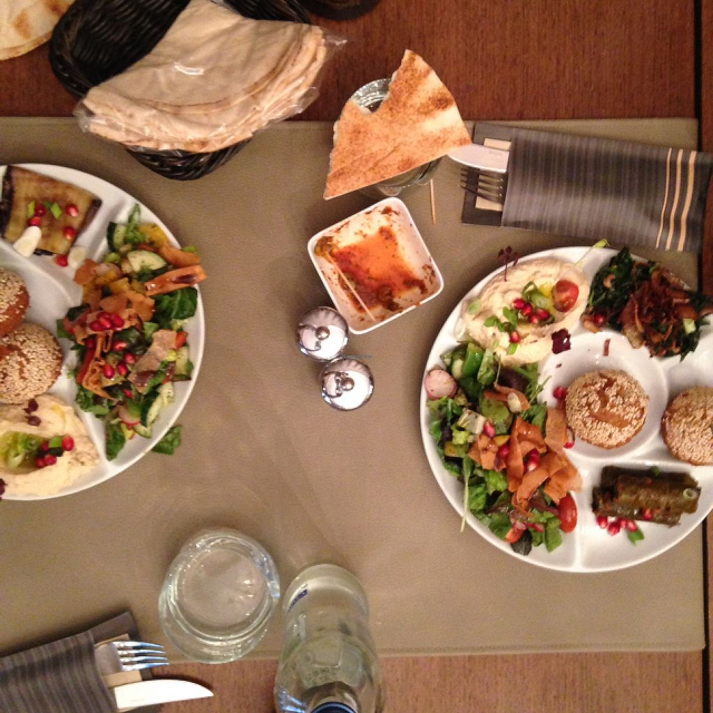 "Photo of Sir Hanry's  by <a href=""/members/profile/Daphne-ninis"">Daphne-ninis</a> <br/>vegan plates with hummus and falafels <br/> May 24, 2017  - <a href='/contact/abuse/image/87840/262040'>Report</a>"