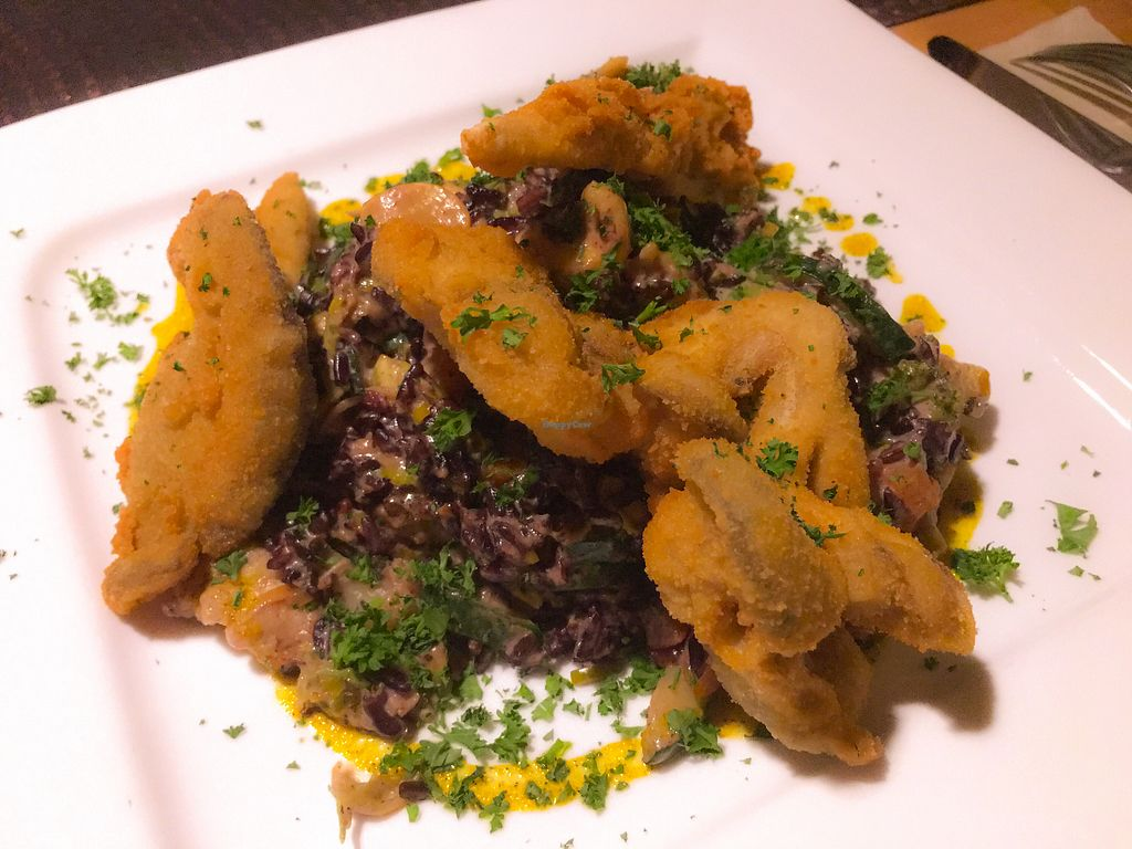 "Photo of Windeck - Lachen & Wein  by <a href=""/members/profile/littlebonanzajoe"">littlebonanzajoe</a> <br/>Fried mushrooms with vegetable rice - soo tasty <br/> December 22, 2017  - <a href='/contact/abuse/image/87849/338182'>Report</a>"