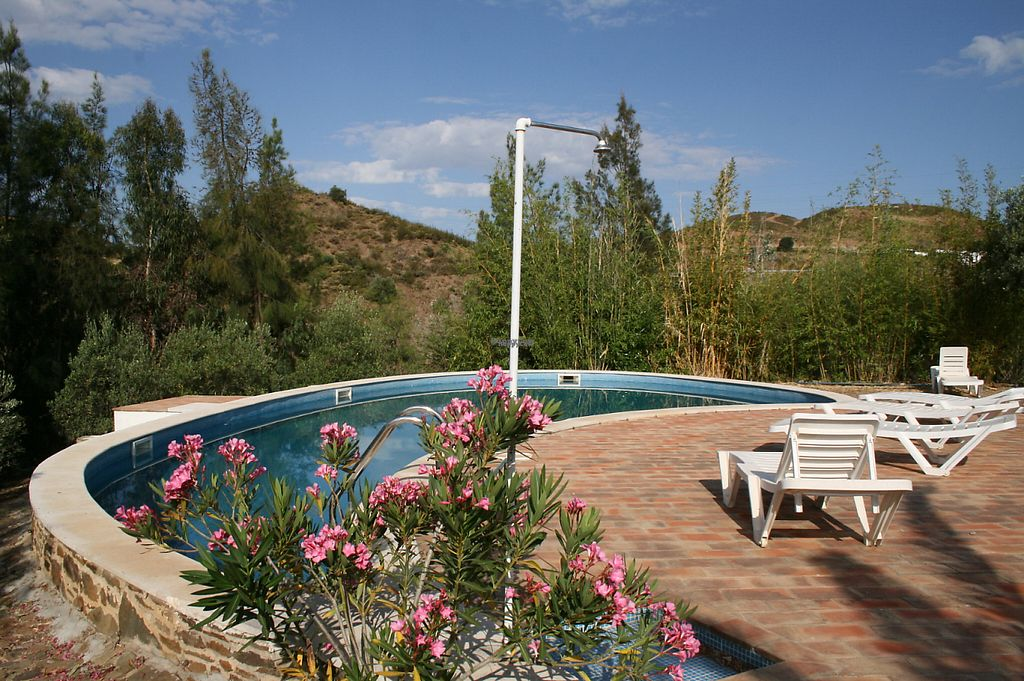 "Photo of Casa Paz do Barrocal  by <a href=""/members/profile/elga"">elga</a> <br/>the swimming pool at CASA PAZ  do Barrocal <br/> April 24, 2017  - <a href='/contact/abuse/image/87892/252067'>Report</a>"