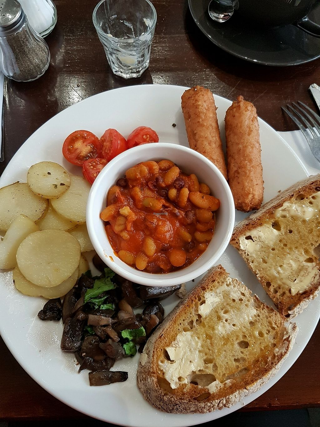 """Photo of The V & V Cafe  by <a href=""""/members/profile/bpaula35"""">bpaula35</a> <br/>Vegan cooked breakfast  <br/> January 14, 2018  - <a href='/contact/abuse/image/87908/346395'>Report</a>"""