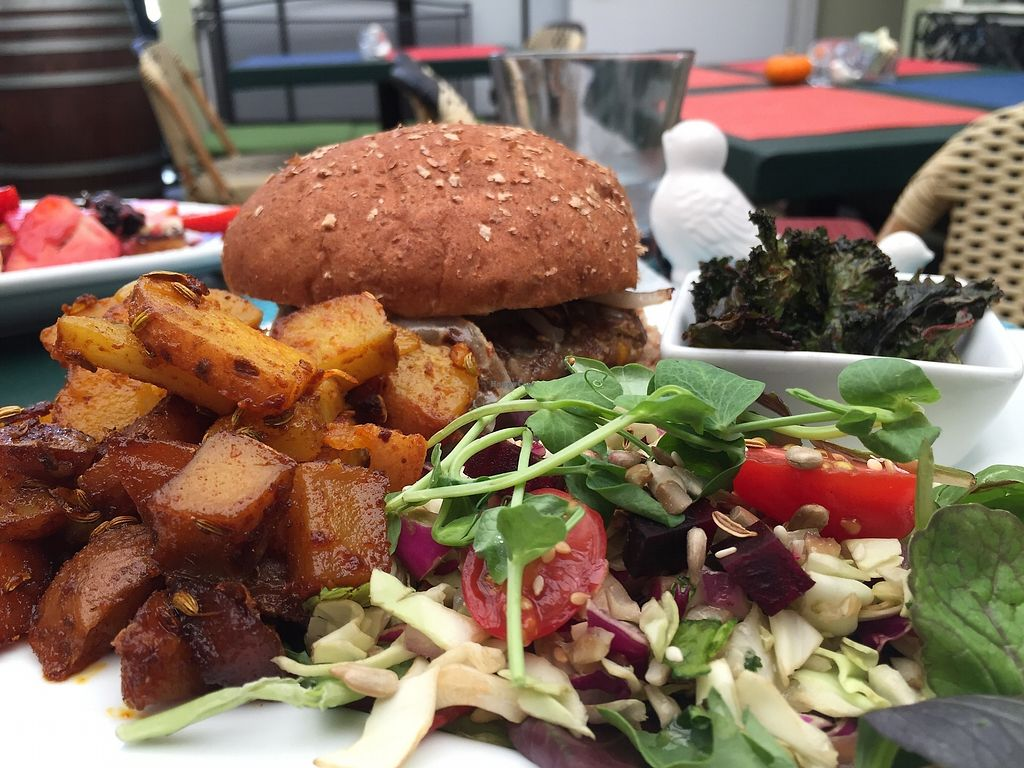 "Photo of Green Door Cafe  by <a href=""/members/profile/MirandaHarrington"">MirandaHarrington</a> <br/>Bombay burger (personal favorite) <br/> January 27, 2018  - <a href='/contact/abuse/image/87928/351307'>Report</a>"