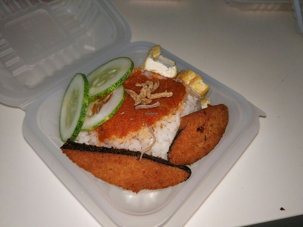 """Photo of Ah Yan Vegetarian - Food Stall  by <a href=""""/members/profile/SoonjieGoh"""">SoonjieGoh</a> <br/>nasi lemak <br/> May 31, 2017  - <a href='/contact/abuse/image/87983/264514'>Report</a>"""
