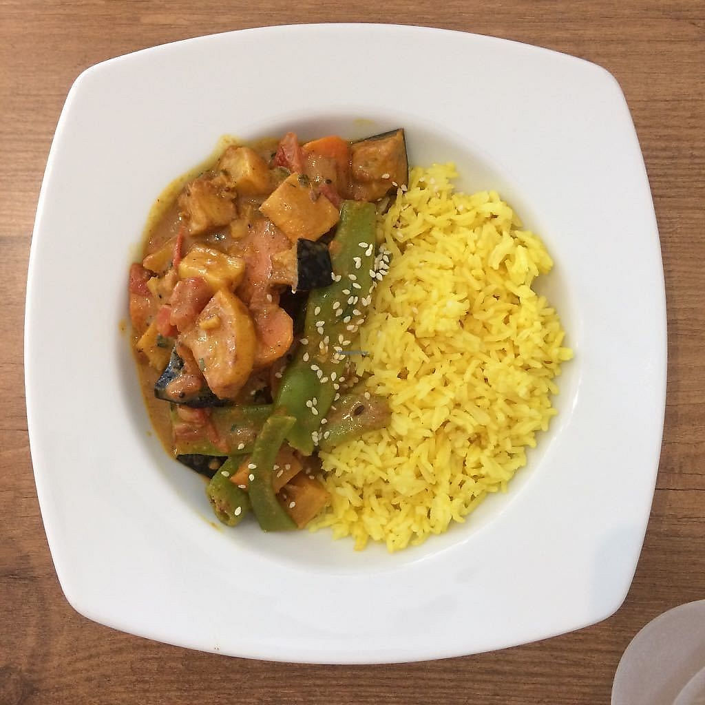 """Photo of Vegan Joe's  by <a href=""""/members/profile/vegatleticas"""">vegatleticas</a> <br/>Julia's curry <br/> July 19, 2017  - <a href='/contact/abuse/image/88051/282210'>Report</a>"""