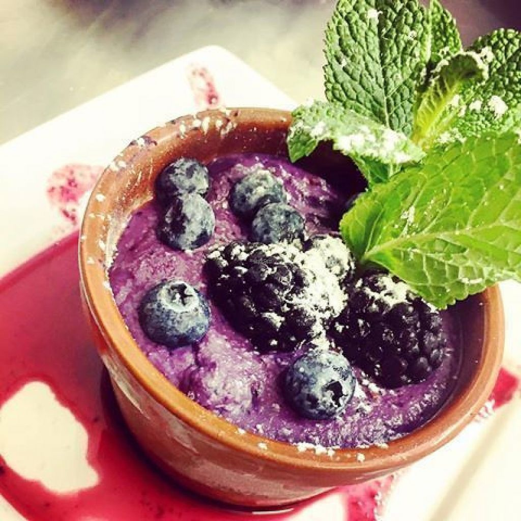 """Photo of The Castle Inn   by <a href=""""/members/profile/community5"""">community5</a> <br/>Vegan blackberry and blueberry cheesecake <br/> March 3, 2017  - <a href='/contact/abuse/image/88054/232273'>Report</a>"""