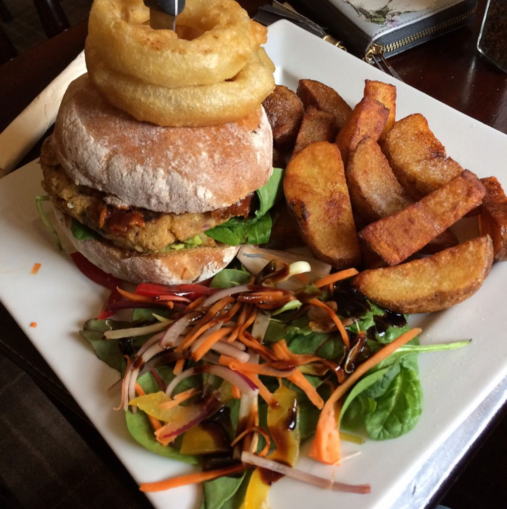 """Photo of The Castle Inn   by <a href=""""/members/profile/TinaDipi"""">TinaDipi</a> <br/>pulled jackfruit and falafel burger  <br/> April 7, 2017  - <a href='/contact/abuse/image/88054/245489'>Report</a>"""