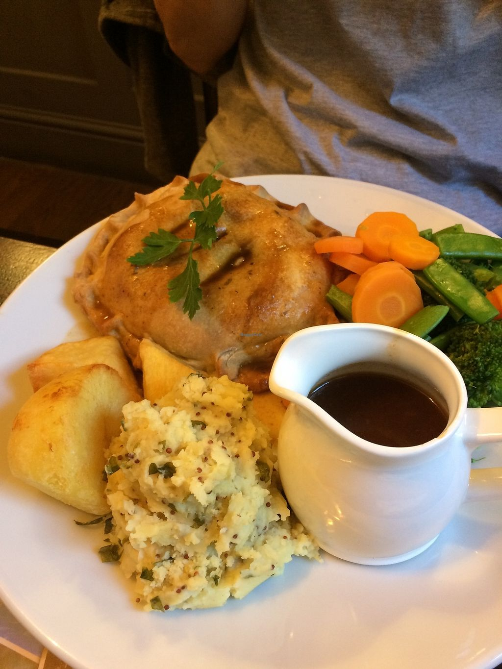 """Photo of The Castle Inn   by <a href=""""/members/profile/Hoggy"""">Hoggy</a> <br/>Mushroom and lentil wellington, served with seasonal veg, champ, roasties and vegan gravy <br/> June 20, 2017  - <a href='/contact/abuse/image/88054/271521'>Report</a>"""