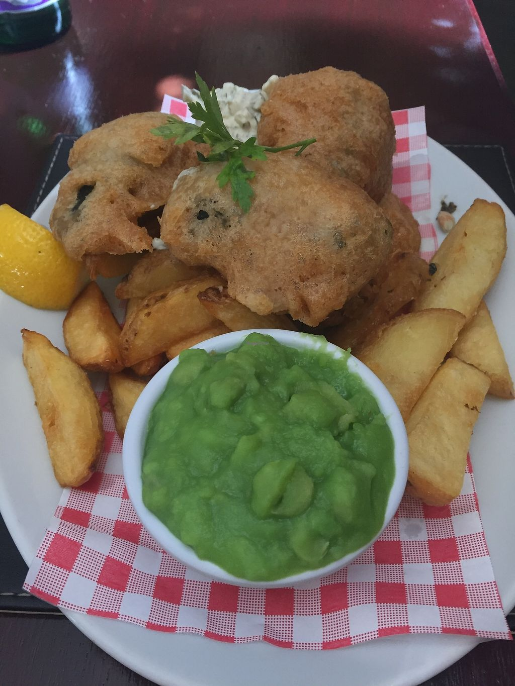 """Photo of The Castle Inn   by <a href=""""/members/profile/Tastetesters"""">Tastetesters</a> <br/>Fish and chips as delicious as any fishy version. Amazing! <br/> September 19, 2017  - <a href='/contact/abuse/image/88054/306140'>Report</a>"""