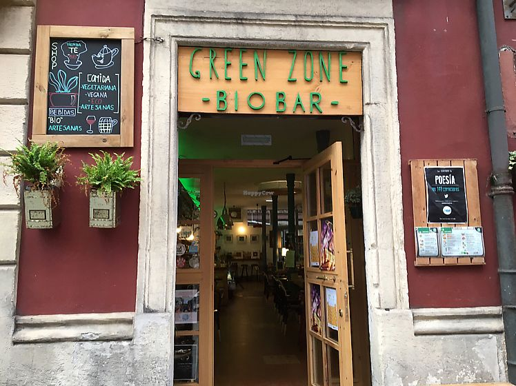 """Photo of Green Zone Bio Bar  by <a href=""""/members/profile/Vegangypsy"""">Vegangypsy</a> <br/>Front entrance <br/> June 14, 2017  - <a href='/contact/abuse/image/88068/268891'>Report</a>"""