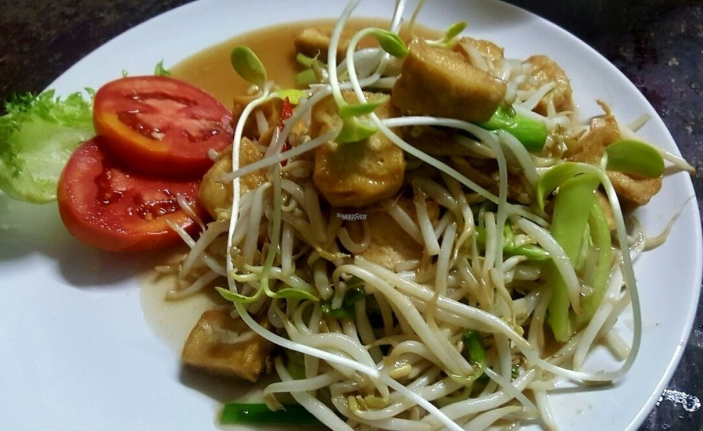 "Photo of Tofu  by <a href=""/members/profile/NishaAnn"">NishaAnn</a> <br/>Stir fried bean sprouts with Tofu <br/> April 5, 2017  - <a href='/contact/abuse/image/88087/244889'>Report</a>"