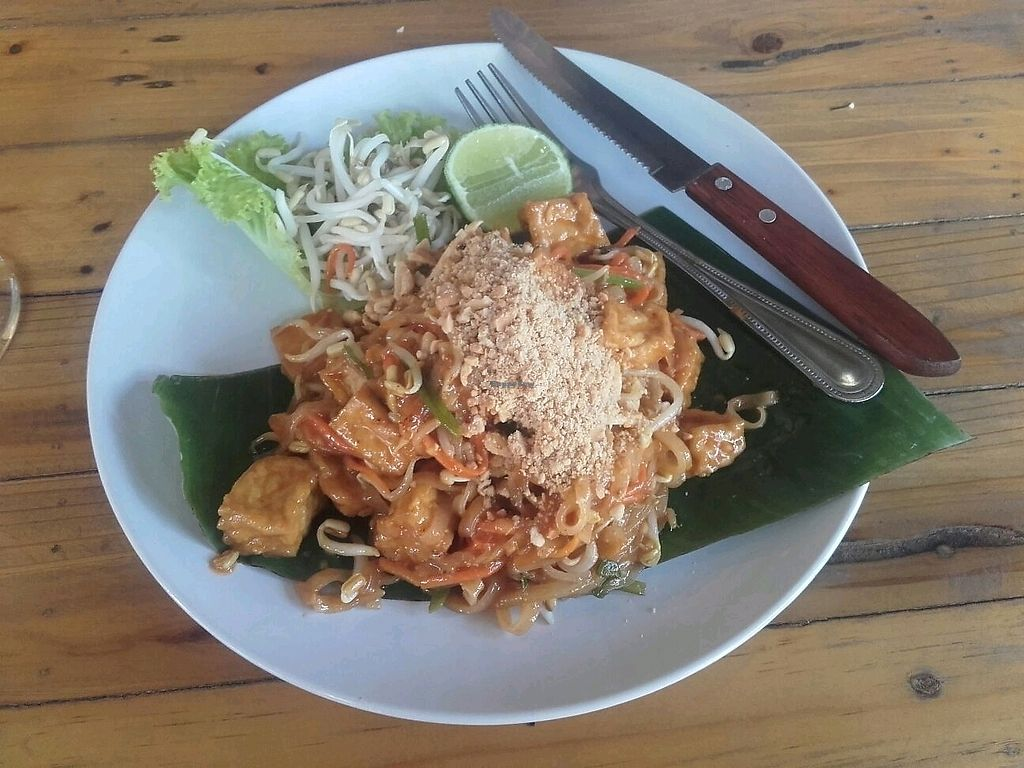 "Photo of Tofu  by <a href=""/members/profile/GosiaDF"">GosiaDF</a> <br/>Pad Thai <br/> December 2, 2017  - <a href='/contact/abuse/image/88087/331367'>Report</a>"
