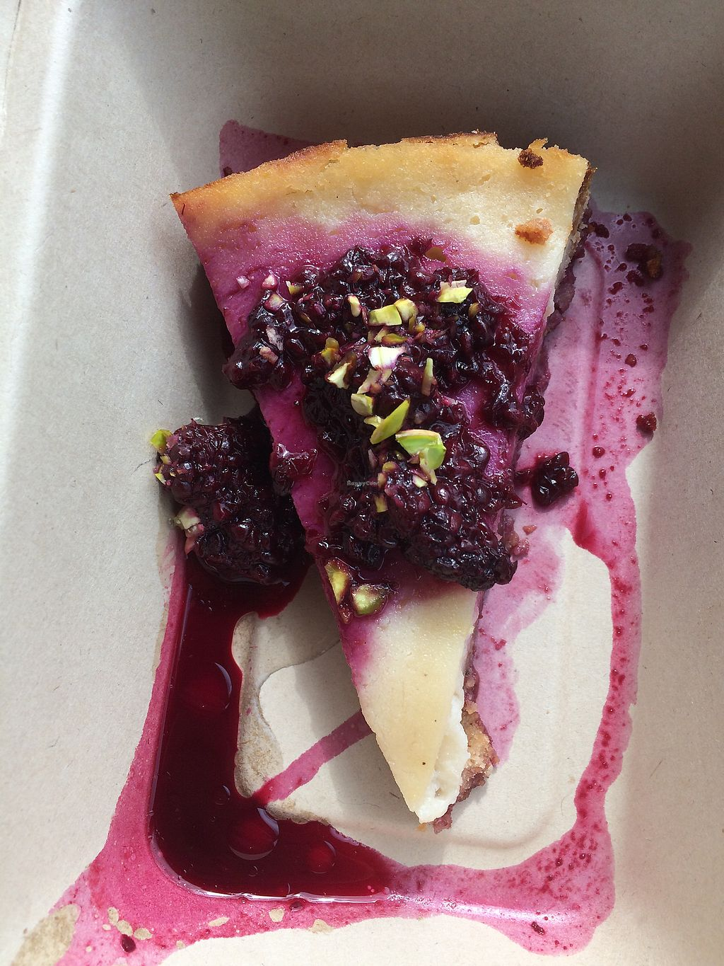 """Photo of Cardamomo Cucina Vegana  by <a href=""""/members/profile/veg%C3%A9line"""">vegéline</a> <br/>Blackberry cheesecake, glutenfree <br/> August 3, 2017  - <a href='/contact/abuse/image/88093/288409'>Report</a>"""