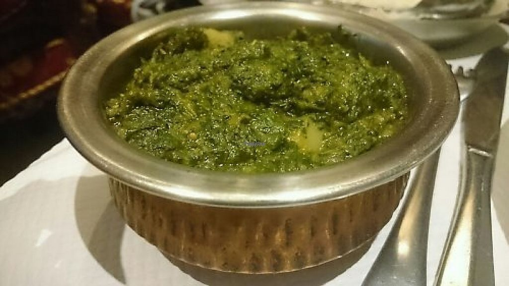 """Photo of Taj Mahal  by <a href=""""/members/profile/themeganmck"""">themeganmck</a> <br/>Aloo Palak (épinard et patate // spinach and potatoes) <br/> March 15, 2017  - <a href='/contact/abuse/image/88201/236789'>Report</a>"""