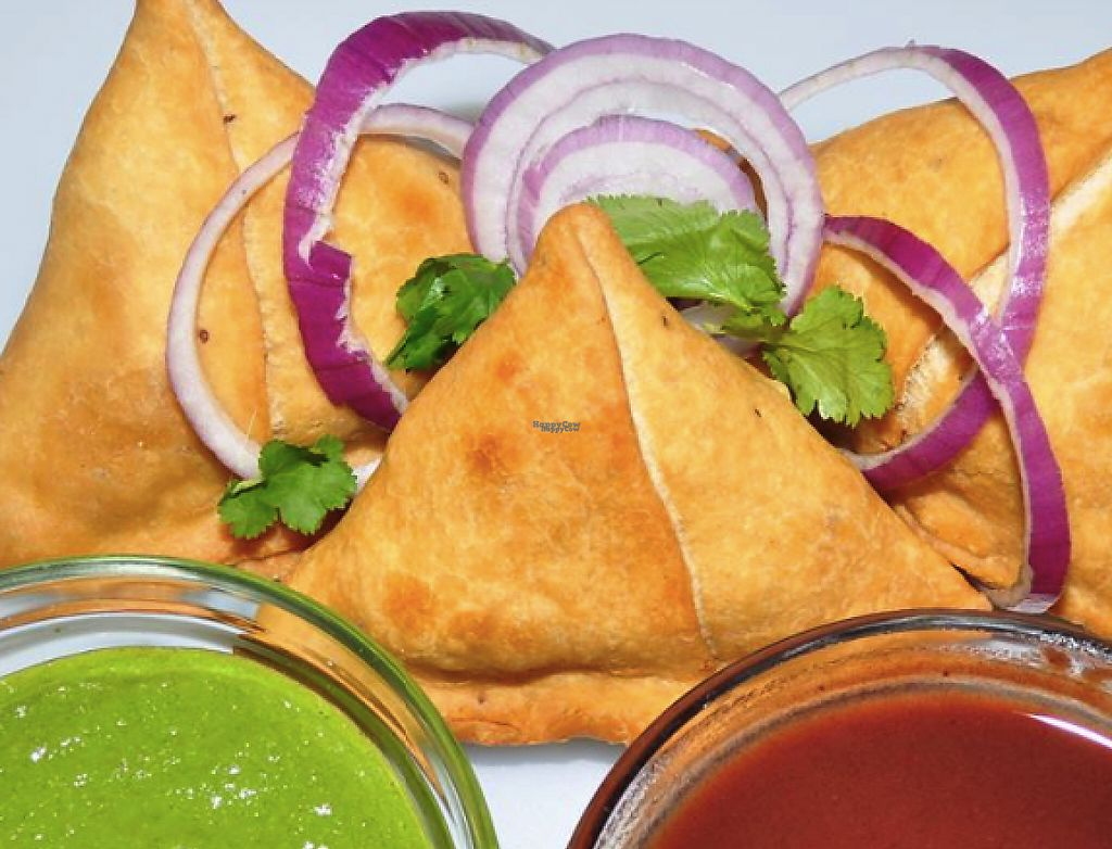 """Photo of Desi Street Food  by <a href=""""/members/profile/community"""">community</a> <br/>samosas  <br/> April 1, 2017  - <a href='/contact/abuse/image/88226/243558'>Report</a>"""