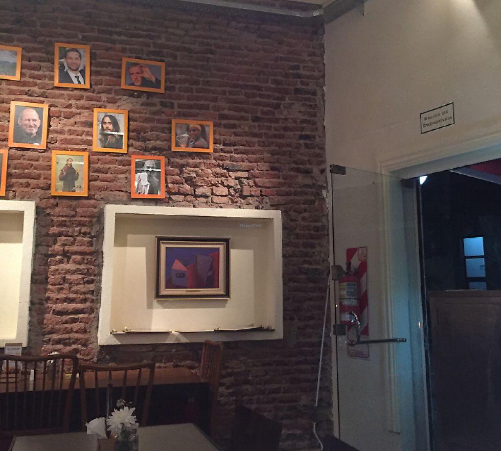 "Photo of Loving Hut  by <a href=""/members/profile/Lozcriston"">Lozcriston</a> <br/>nice decor  <br/> March 23, 2017  - <a href='/contact/abuse/image/88227/283524'>Report</a>"