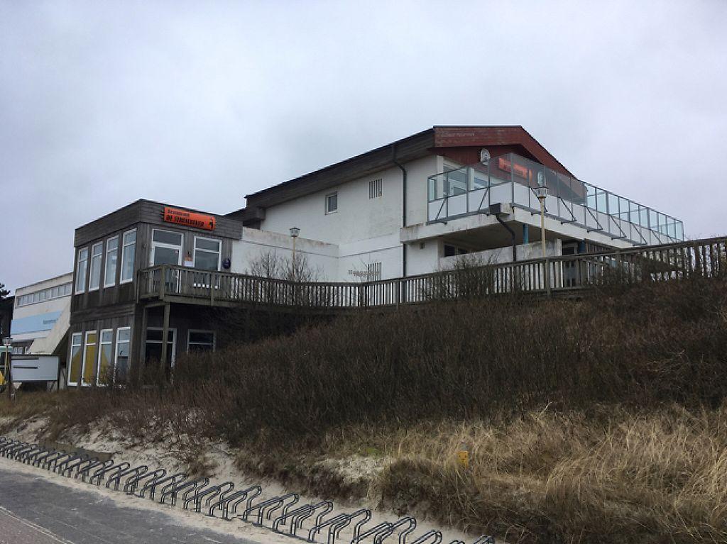"Photo of Restaurant de Strunluuker  by <a href=""/members/profile/EtaCarinae"">EtaCarinae</a> <br/>Strunluuker  <br/> March 7, 2017  - <a href='/contact/abuse/image/88249/233975'>Report</a>"