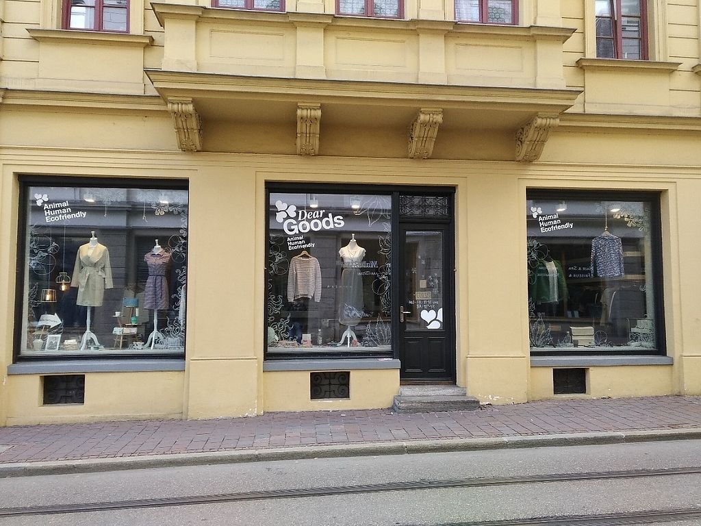 """Photo of DearGoods Augsburg  by <a href=""""/members/profile/Ryecatcher"""">Ryecatcher</a> <br/>Front view of shop from street <br/> March 7, 2017  - <a href='/contact/abuse/image/88264/233996'>Report</a>"""