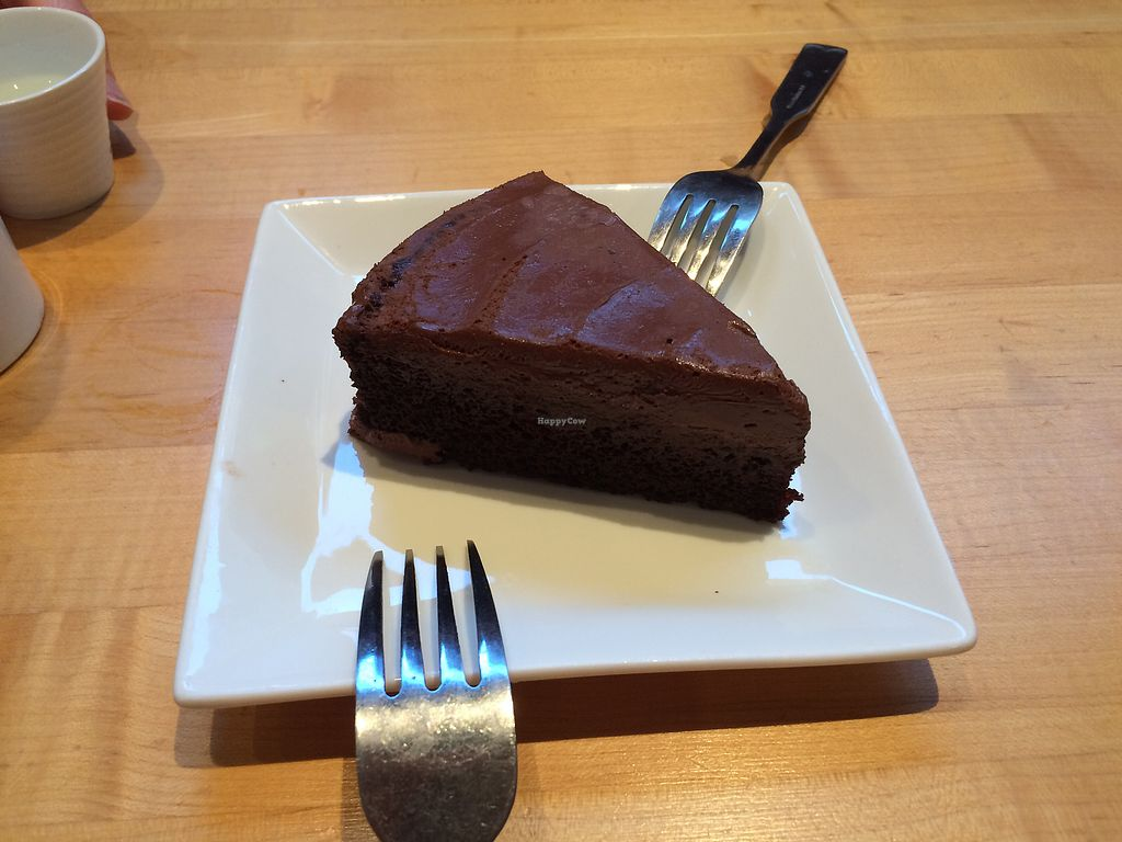 "Photo of Kiku Sushi  by <a href=""/members/profile/Trixie28"">Trixie28</a> <br/>vegan chocolate mousse cake <br/> August 26, 2017  - <a href='/contact/abuse/image/88267/297312'>Report</a>"