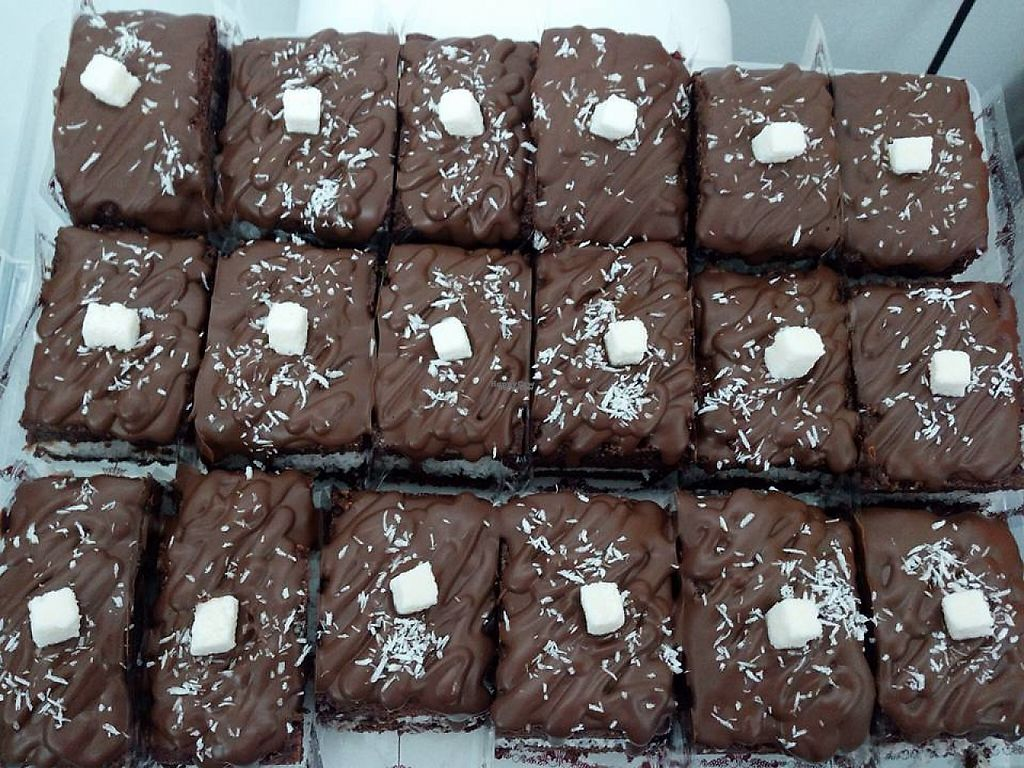 """Photo of La Boite a Suc  by <a href=""""/members/profile/community"""">community</a> <br/>vegan brownies  <br/> April 2, 2017  - <a href='/contact/abuse/image/88424/243824'>Report</a>"""