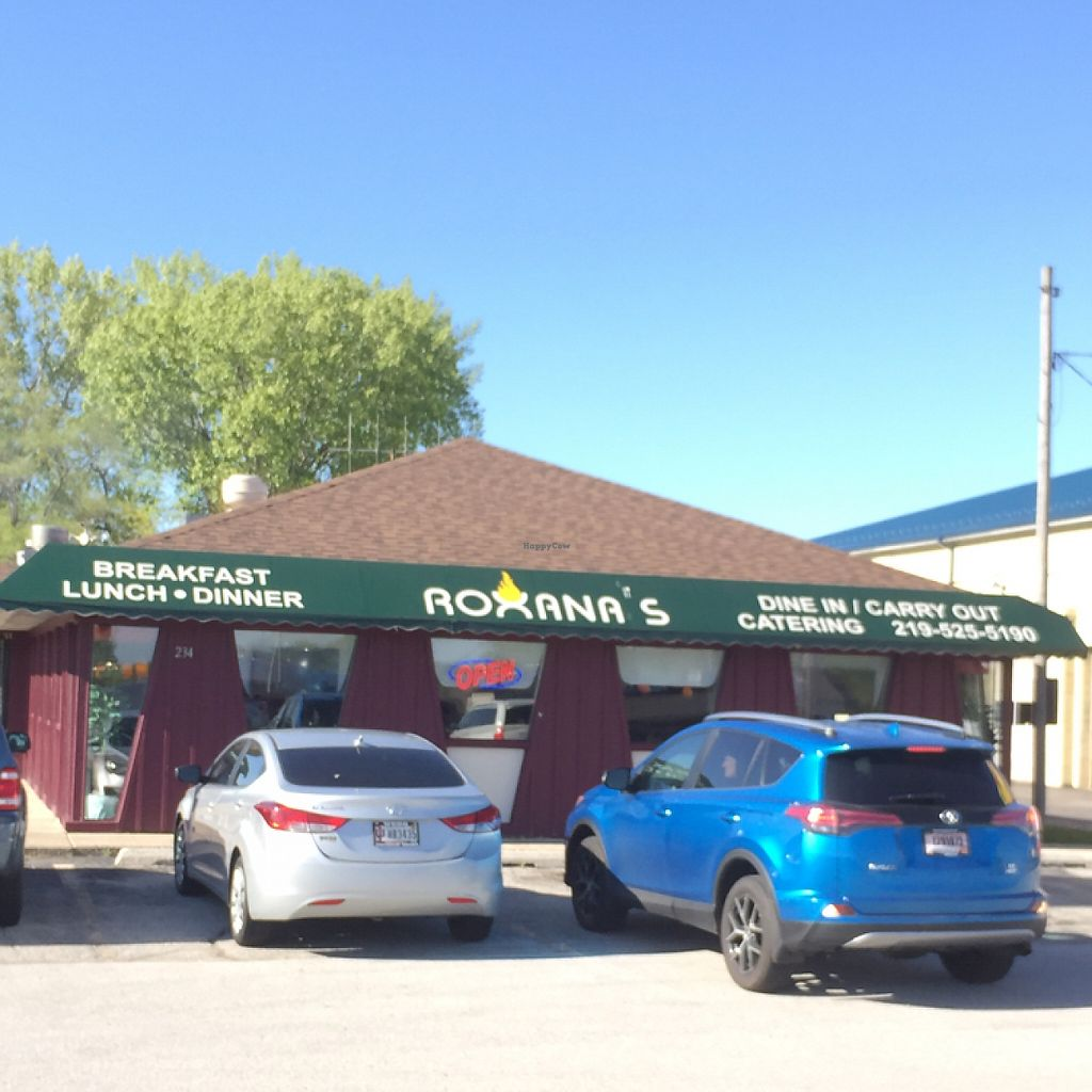 "Photo of Roxana's Restaurant  by <a href=""/members/profile/happycowgirl"">happycowgirl</a> <br/>exterior <br/> May 7, 2017  - <a href='/contact/abuse/image/88444/256953'>Report</a>"