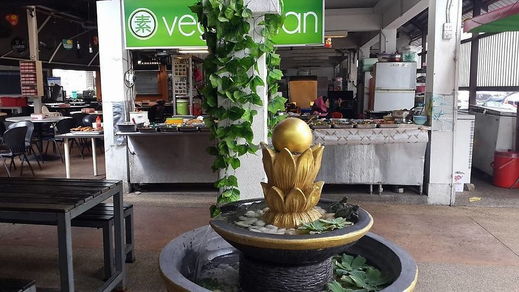 Photo of Neighbourhood Food Court - Vegetarian Stall  by Raphael_Dane <br/>vegetarian stall <br/> March 29, 2017  - <a href='/contact/abuse/image/88452/242348'>Report</a>