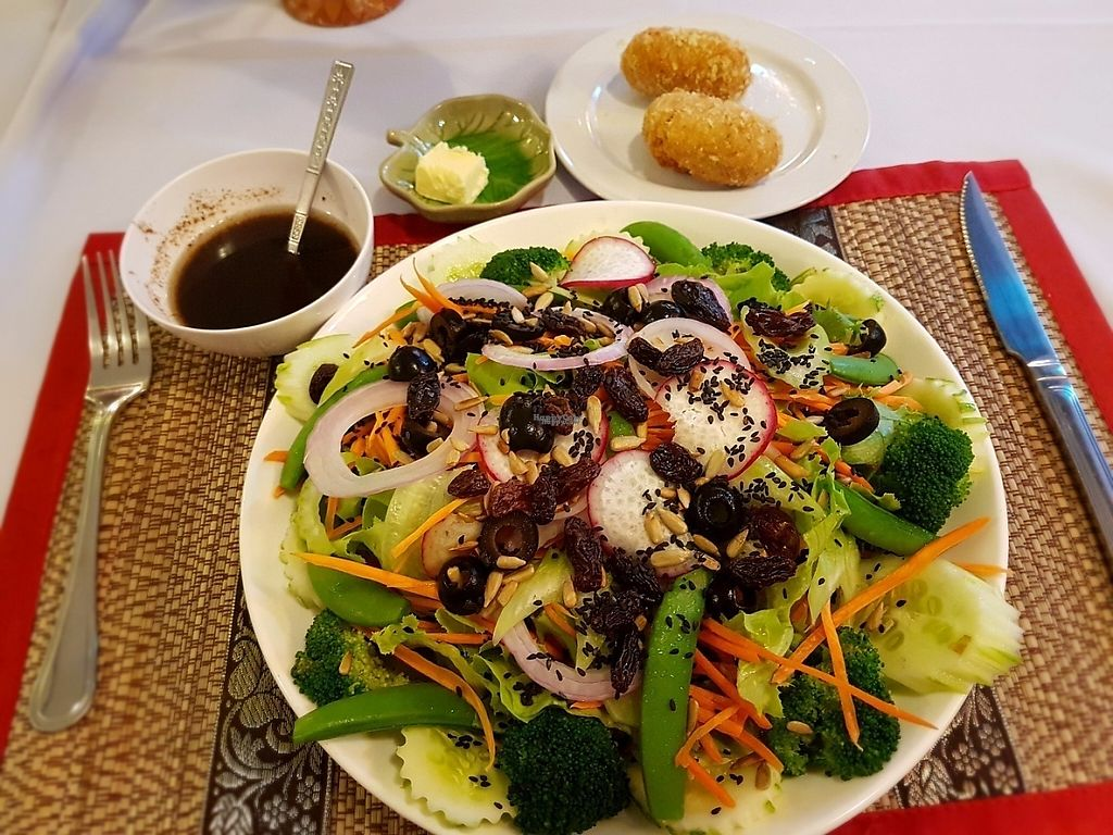 "Photo of The Social Salad  by <a href=""/members/profile/PeterRichards"">PeterRichards</a> <br/>From the 190 Baht make your own salad menu <br/> March 20, 2017  - <a href='/contact/abuse/image/88455/238600'>Report</a>"