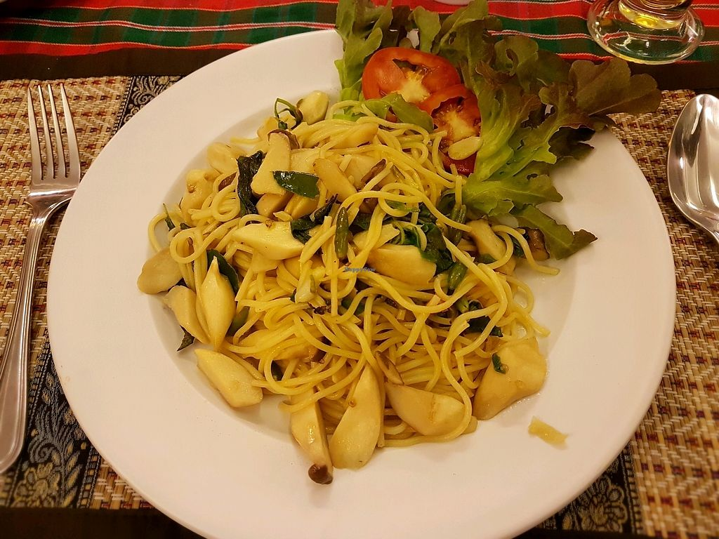 "Photo of The Social Salad  by <a href=""/members/profile/PeterRichards"">PeterRichards</a> <br/>Thai style spaghetti with mushrooms and sweet Thai basil <br/> November 4, 2017  - <a href='/contact/abuse/image/88455/321571'>Report</a>"