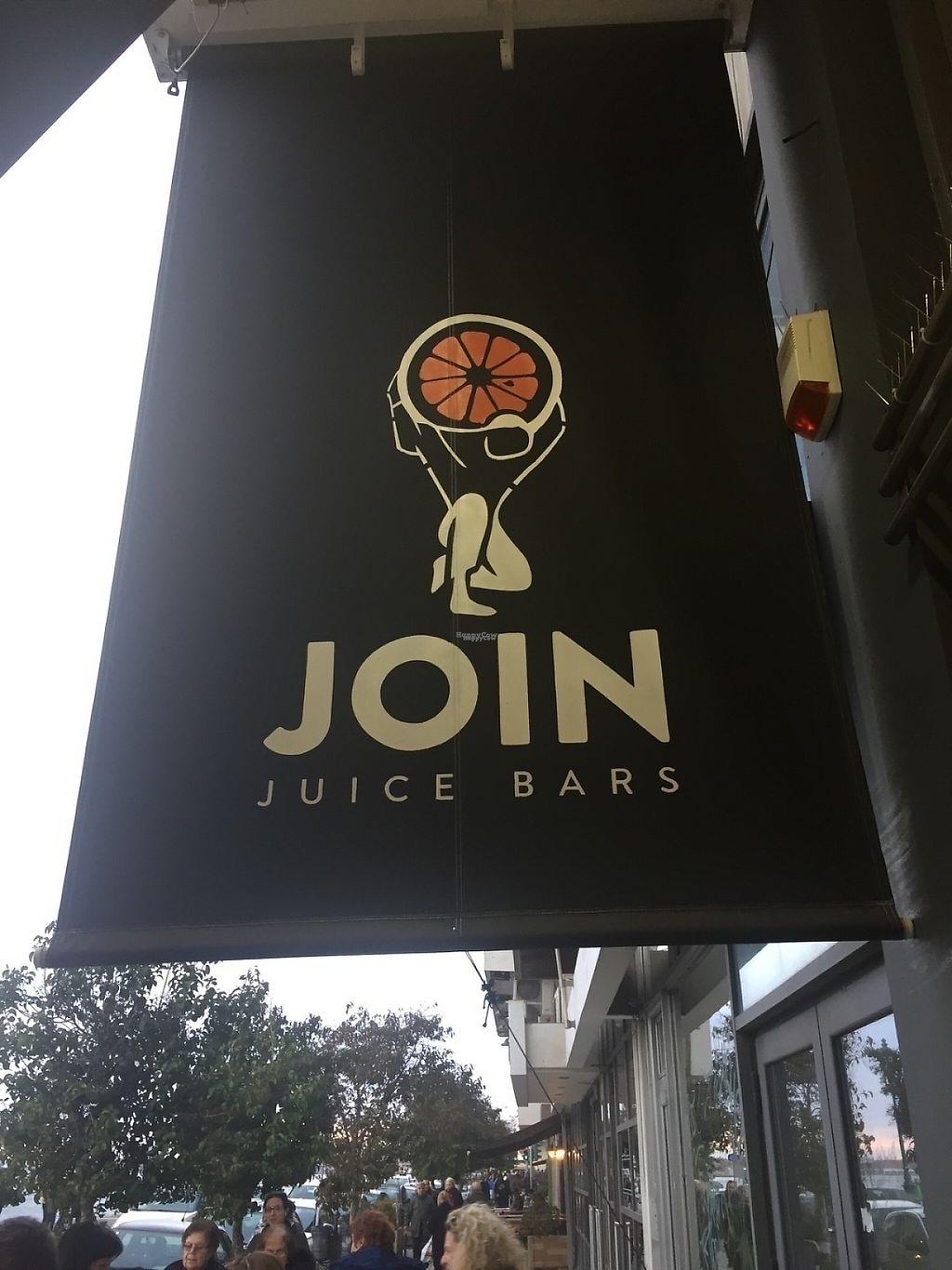 "Photo of Join Juice Bars  by <a href=""/members/profile/Lrice"">Lrice</a> <br/>Central location by the water <br/> March 12, 2017  - <a href='/contact/abuse/image/88470/235344'>Report</a>"