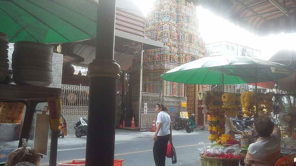 """Photo of Pan Road - Vegan Food Cart  by <a href=""""/members/profile/samlowry"""">samlowry</a> <br/>Pan street Hindu temple as seen from the table. To illustrate the actual location of the food stand <br/> May 30, 2017  - <a href='/contact/abuse/image/88695/264230'>Report</a>"""