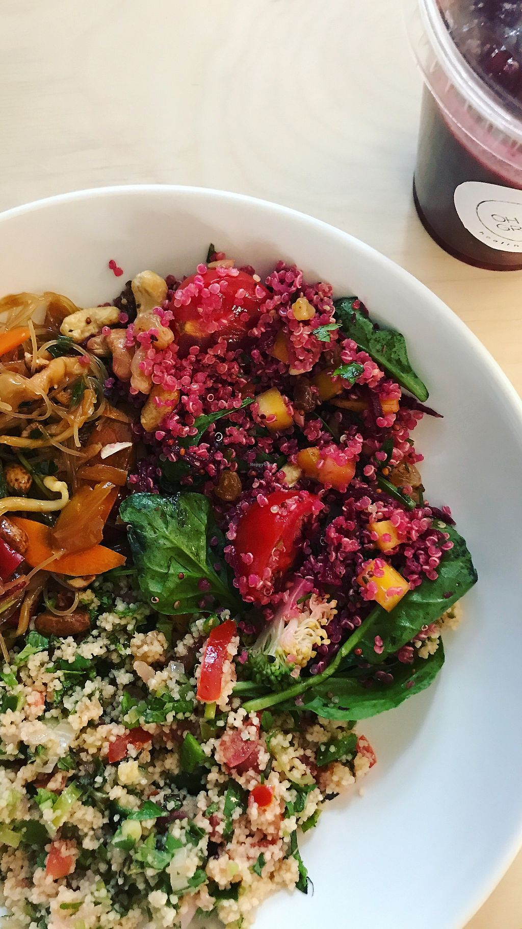 """Photo of Oh My Green  by <a href=""""/members/profile/mabbonizio"""">mabbonizio</a> <br/>Mixed salads and acai smoothie :) <br/> August 25, 2017  - <a href='/contact/abuse/image/88811/296967'>Report</a>"""