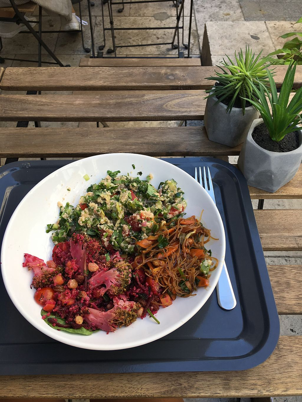 """Photo of Oh My Green  by <a href=""""/members/profile/DanielaCavallaro"""">DanielaCavallaro</a> <br/>SALAD BOWL <br/> September 1, 2017  - <a href='/contact/abuse/image/88811/299642'>Report</a>"""