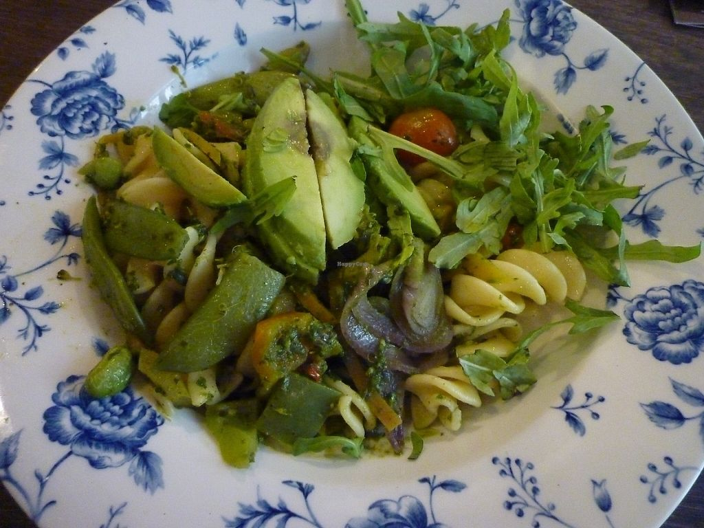 "Photo of The Linen Weaver   by <a href=""/members/profile/lilyfr"">lilyfr</a> <br/>Superfood pasta with extra avocado <br/> June 3, 2017  - <a href='/contact/abuse/image/88845/265448'>Report</a>"