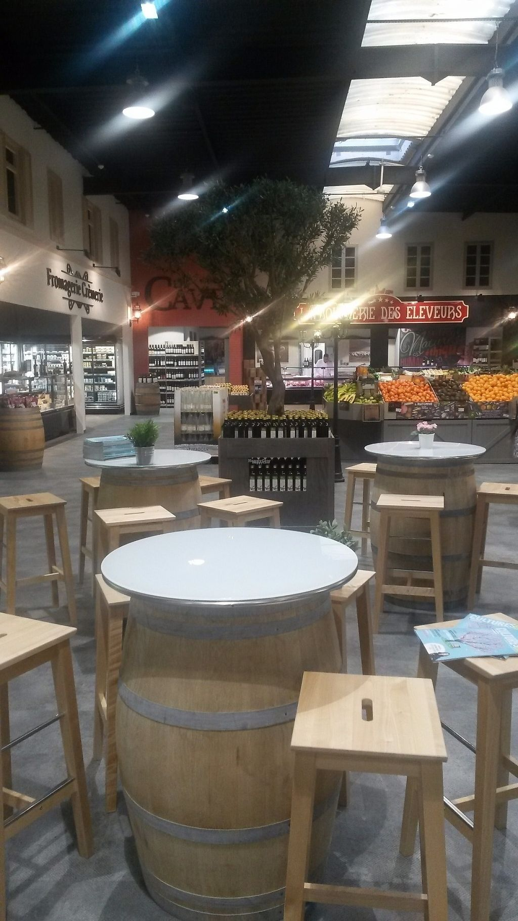 """Photo of Biocoop - Bordeaux Lac  by <a href=""""/members/profile/PascalB"""">PascalB</a> <br/>The back part of the store is very nicely decorated <br/> March 21, 2017  - <a href='/contact/abuse/image/89020/239193'>Report</a>"""