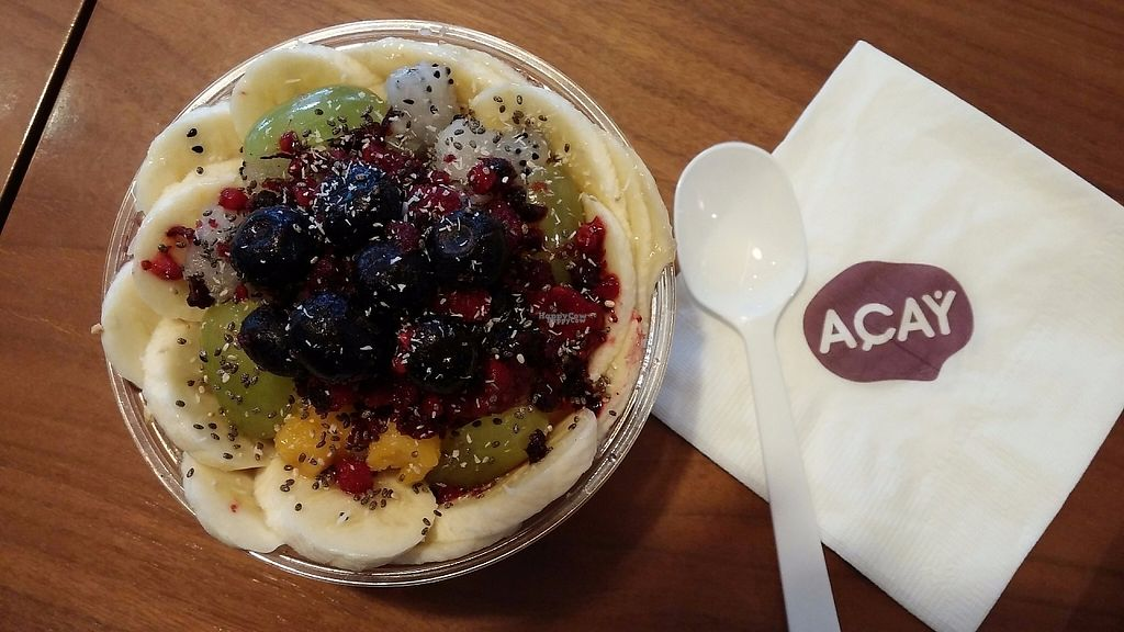 """Photo of Acay - 까페 아사이  by <a href=""""/members/profile/soohyun"""">soohyun</a> <br/>Acai bowl (regular size) <br/> March 23, 2017  - <a href='/contact/abuse/image/89058/239672'>Report</a>"""