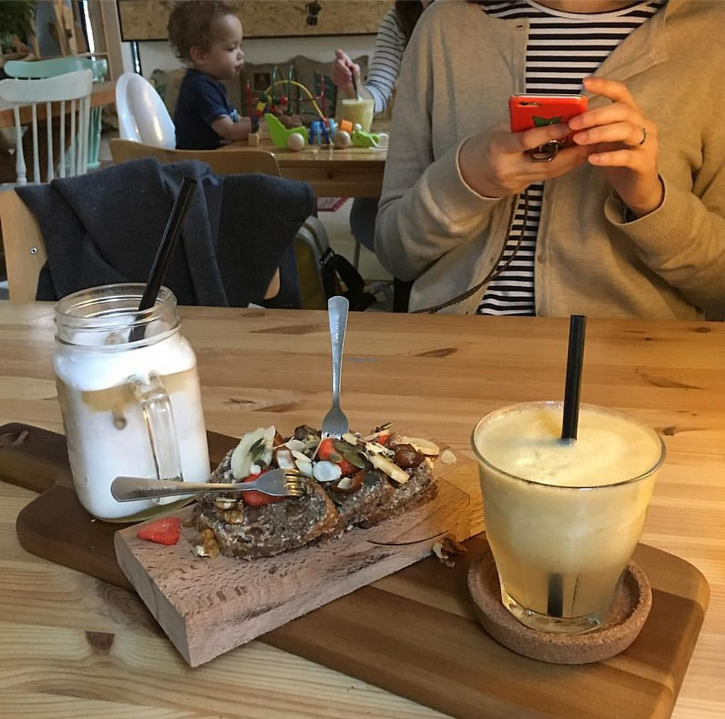 """Photo of Koffiebar Sowieso  by <a href=""""/members/profile/StephanieVV"""">StephanieVV</a> <br/>Icecoffee with coconutmilk, fresh juice and bananabread <br/> July 24, 2017  - <a href='/contact/abuse/image/89076/284386'>Report</a>"""