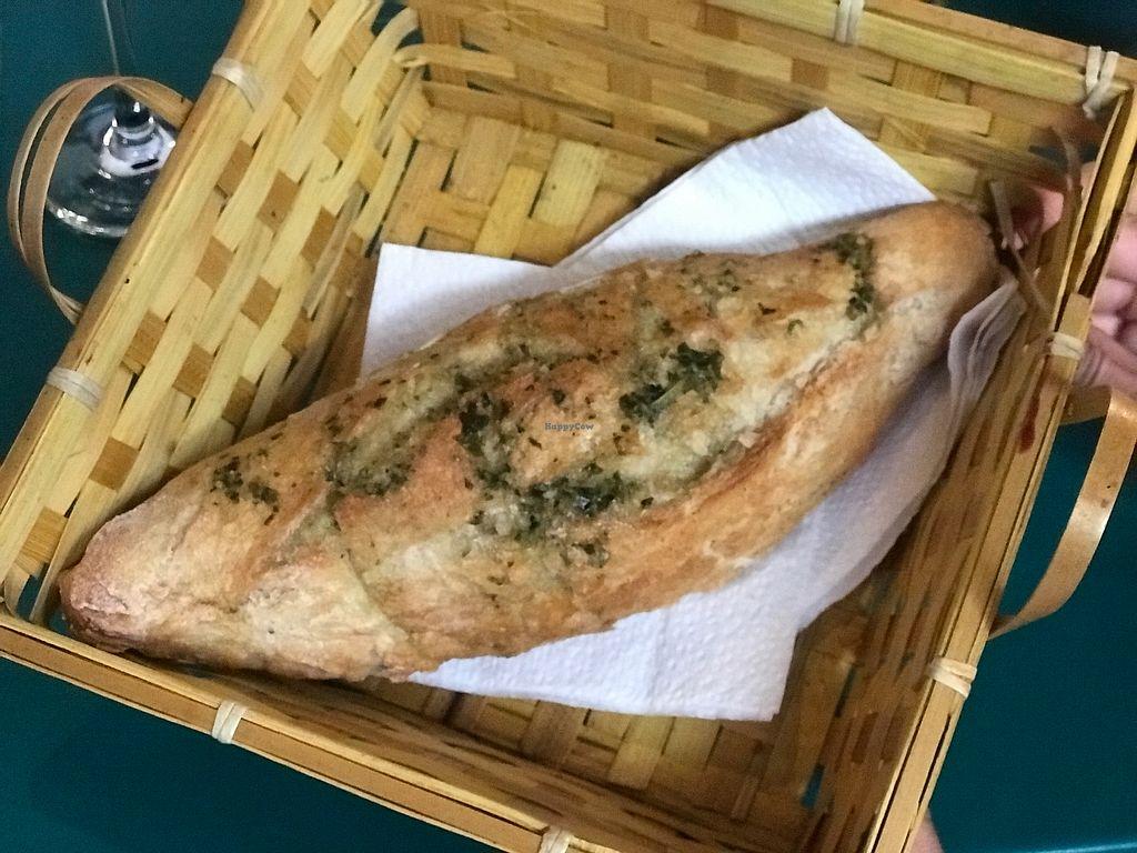 "Photo of El Vegano  by <a href=""/members/profile/GaryBartlett"">GaryBartlett</a> <br/>Home made bread - Pan de la casa <br/> April 8, 2018  - <a href='/contact/abuse/image/89091/382666'>Report</a>"