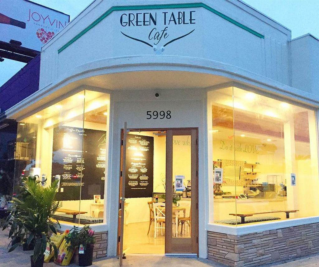 """Photo of Green Table Cafe  by <a href=""""/members/profile/VeganHuman"""">VeganHuman</a> <br/>Entrance <br/> March 23, 2017  - <a href='/contact/abuse/image/89094/239715'>Report</a>"""