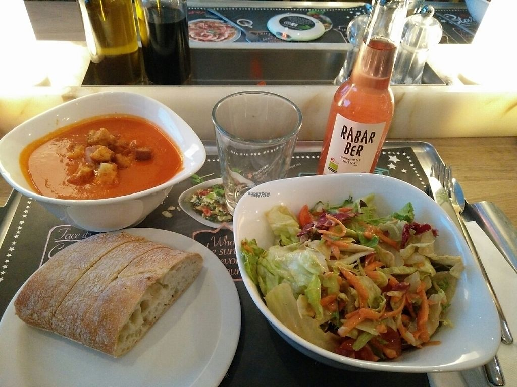"""Photo of Vapiano  by <a href=""""/members/profile/martinicontomate"""">martinicontomate</a> <br/>vegan dinner: tomato soup and salad <br/> March 26, 2017  - <a href='/contact/abuse/image/89154/240998'>Report</a>"""